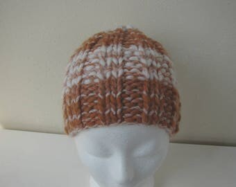 knit hat golden brown white chunky hat child warm comfortable winter hat kids knit in round cognac thick and thin woolen acrylic effect yarn