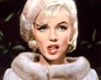 Marilyn Monroe...Beret...Somethings got to give.