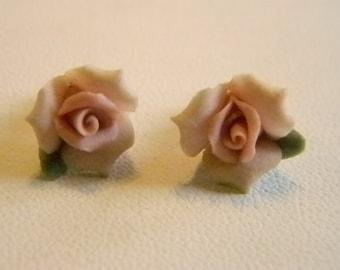 Vintage Porcelian Pink Rose Bud Post Pierced Earrings