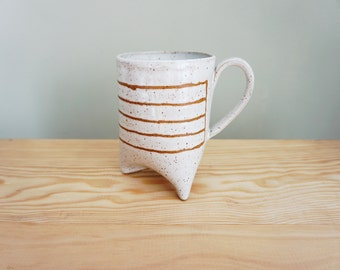 Made to order | Notebook mug with three feet by Mud to Life