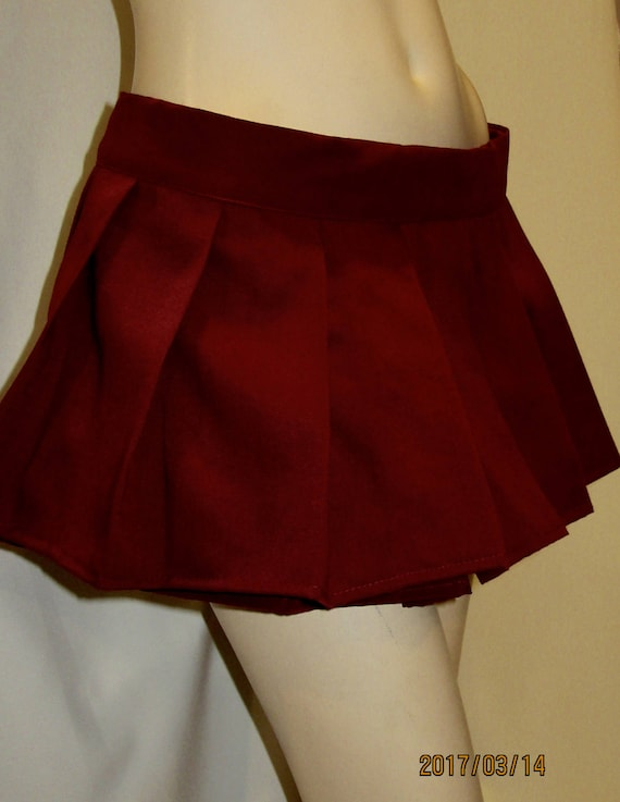 maroon colour pleated mini skirtsmall to plus size skirt