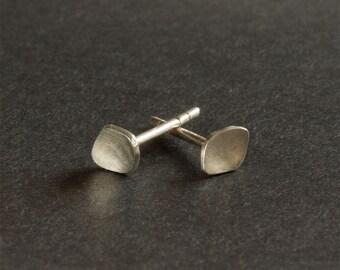 Tiny Silver Pebble Stud Earrings, minimalist earrings, irregular shaped post earring, argentium jewelry, modern jewelry