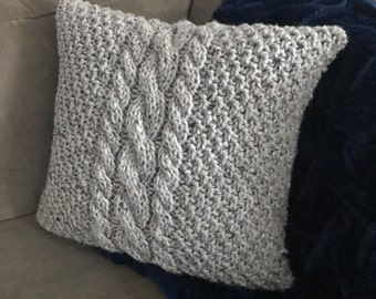 Cable Knit Pillow Cover - Center Cables