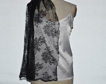 Clearance 30% elegant iridescent black Gothic lace shawl