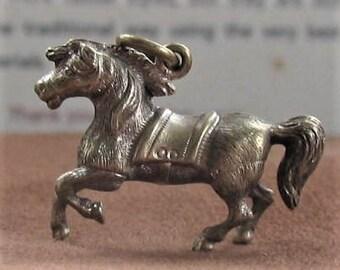 Vintage Teeny weenie horse charm