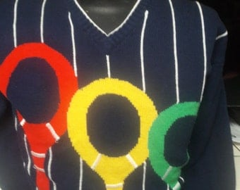 1970s Quantum Brand Colorful Pull Over Mans Tennis Sweater w Tennis Rackets Size Large