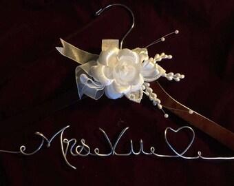 Personalized wedding hanger rose flower, Bride hanger, wedding dress hanger, custom hangers