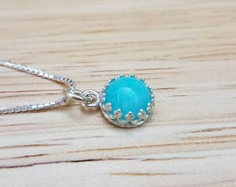 8mm Round Amazonite Cabochon Sterling Silver Crown Pendant with Sterling Silver Box Chain