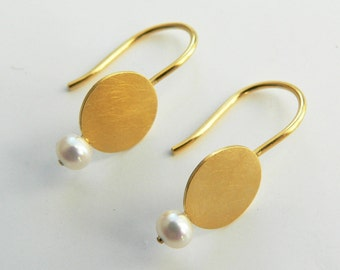 Gold-plated earrings with Pearl