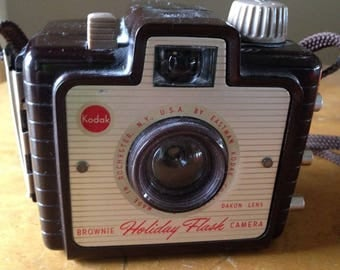 Vintage Kodak Holiday Flash Camera