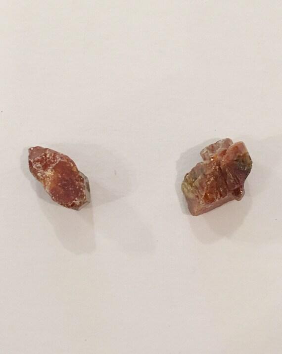 VANADINITE Raw Healing Gemstone// Vanadinite Specimen// Raw Crystals// Home Decor// Healing Tools// Root Chakra Stone// Grounding Crystal
