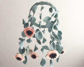 Crib Mobile || Felt Flower Baby Mobile || Pick your own colors