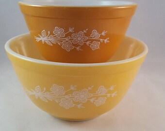 Pyrex Butterfly Gold Nesting Bowls - Vintage Kitchen - Set of 2