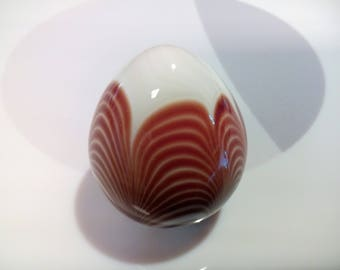 Vintage Art Glass Egg-Shaped Paperweight With Brown and White Pulled Loop or Feather Decoration