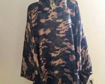 Mens or Womans Hooded Poncho One Size Fits All  Fleece With Front Pocket in Camo