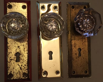 Vintage glass door knob wall decor!