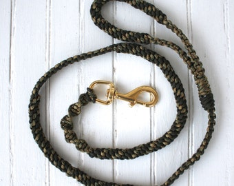 """4'8"""" Olive and Moss Camo working dog Paracord Leash"""