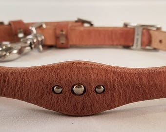 Wither Strap - Scalloped Russet with Silver Spots