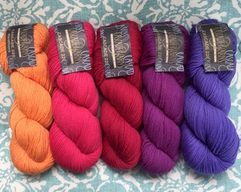 Cascade 220 100% Peruvian Highland Wool 7.75+.99ea to Ship. Orange 2436-Light Red 7801-Red 9422-Violet 8911 & Purple 8888. FELTS! MSRP 9.00
