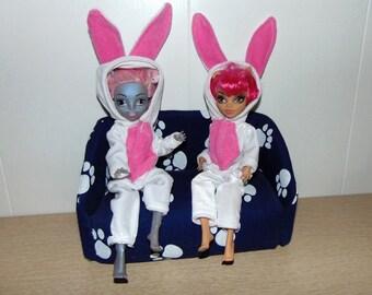 Kigurumi. Clothing as various animal costumes. Monster High dolls.