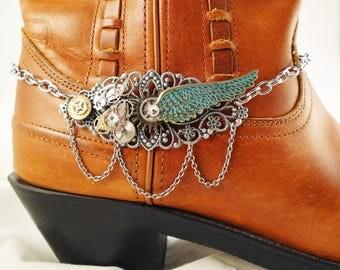 Steampunk boot bracelet, Wing boot bracelet, Steampunk clock gear boot anklet, Cowboy boot bracelet, Steampunk boot jewelry, Boot bling
