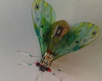 Recycled art electronic sculpture giant fly