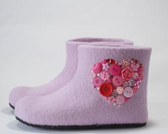 "Children slippers ""My heart"""