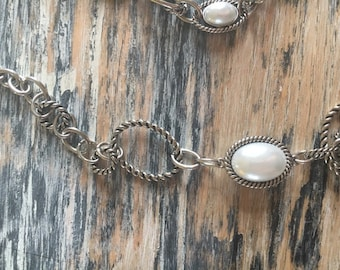 """18"""" Costume Pearl Beaded Chain Necklace"""