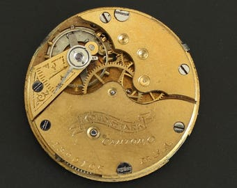 "Hampden ""Molly Stark"" Pocket Watch Movement, c. 1900 size 3/0s with gilt finish for parts repair or jewelry making supply (#PW20)"