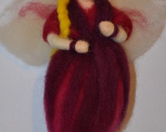 Angel - Needle Felted   :o)