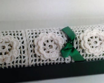 Handcrafted/Crocheted 6 Napkin Rings/Holders/White (C)