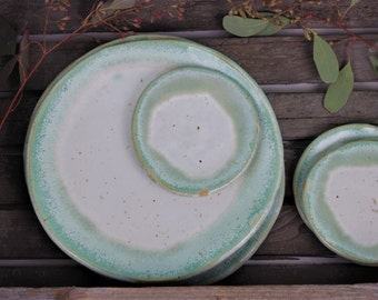 Small plate in mint and white - tapas plates - housewarming gift - gift - spoon drop tea bag storage