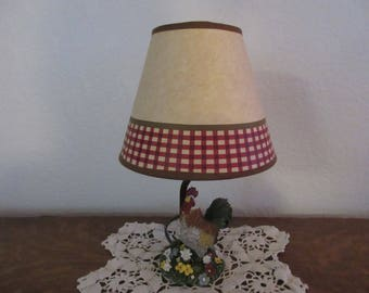 Vintage Colorful Resin Rooster Accent Lamp