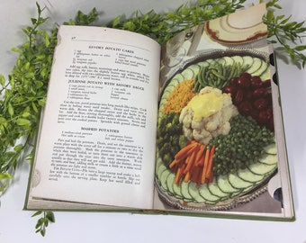 The American Woman's Cookbook Antique