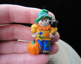 Vintage Thanksgiving/Halloween Signed Hallmark Cards Scarecrow Pin