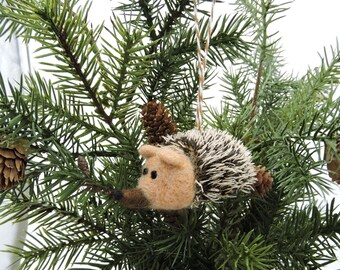 Hedgehog Christmas Ornament, Woodland Christmas Decor, Needle felted Animal, Christmas Tree Decoration, Needle Felted Wool, Christmas bauble