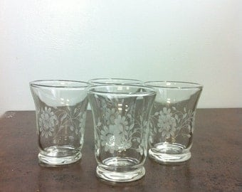 Vintage Juice Glasses - 4 Corn Flower Etched Glasses - Breakfast Table Decor