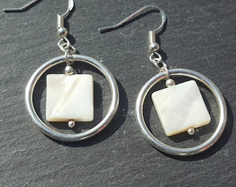 White shell earrings • 925 silver earrings • Beach wedding earrings • Beach jewellery • Bride earrings • Mod earrings