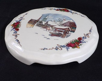 below of dish vintage Sarreguemines Obernai earthenware signed H. LOUX ceramic vintage france vintagefr