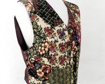 Vintage Ladies Patchwork Pattern Waistcoat   Vest      Size S    Boho