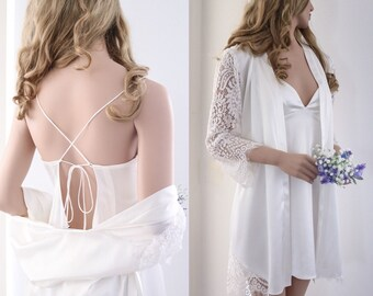 Bridal Satin Robe/ Getting Ready Robe / White Bridal Robe/ White Satin Robe/ Bridal Shower Gift for Bride/ Limited Edition