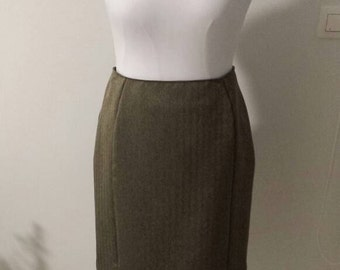 Pencil skirt, Office wear