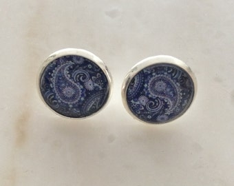 Earrings, barrettes, pendents and more/ paisley blue