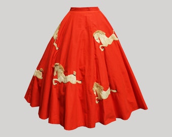REDUCED 1950s Novelty Jamaican Raffia Horse Circle Skirt
