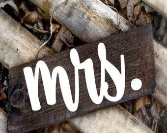 Mr And Mrs Chair Signs, Rustic Wedding signs, Mr and Mrs Signs, Chair Signs, Mr and Mrs wooden chair signs