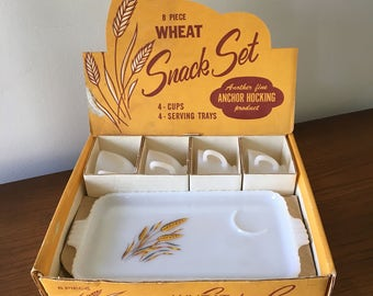 Vintage Anchor Hocking Wheat Snack Set