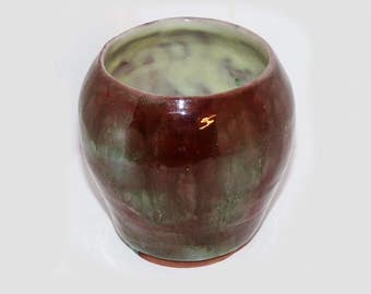 Dorothy Ross Pottery Vase / Vessel Hand Thrown  - 459