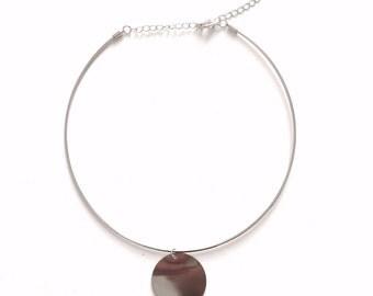 Thin choker with disc pendant, minimal choker