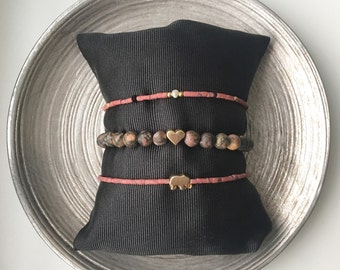 Pink bracelet combination with pearls and goldplated details, jasper bracelets, pink howlite beaded bracelet