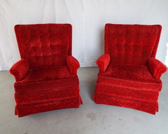 Hollywood Regency Scarlet Red Tufted Crushed Velvet Club Lounge Arm Chair Set Pair